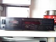 Продам кассетную деку Nakamichi dr-3 Дніпро